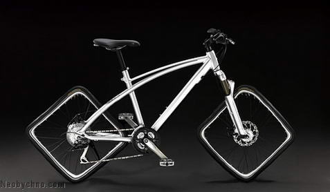Велосипед с квадратными колесами