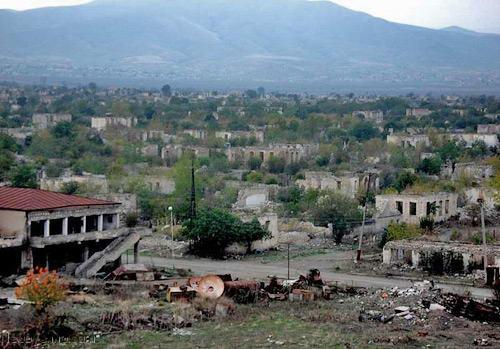 руины города Агдам