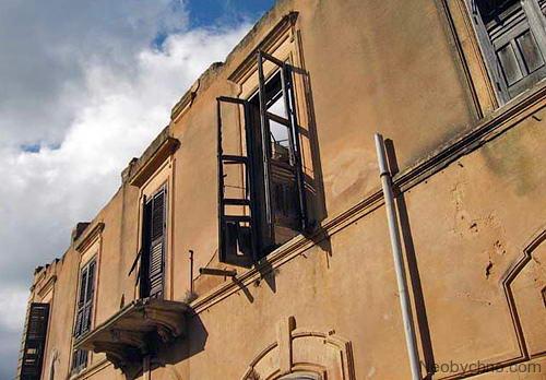 сицилийский город-призрак Поджореале