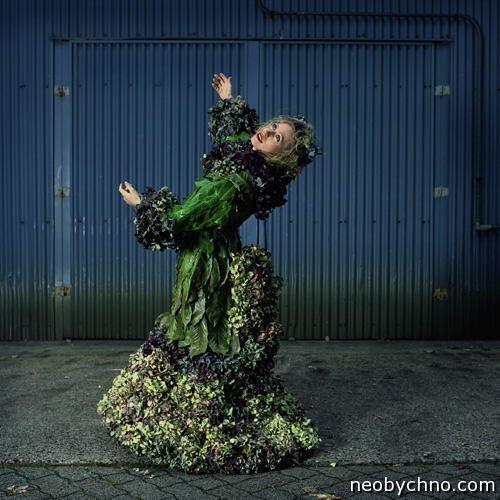 красивое платье от природы