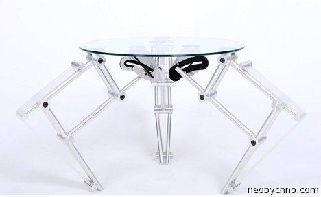 Стол – стеклянный паук