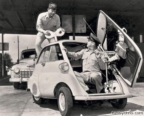 микролитражный автомобиль