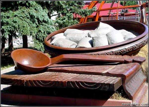 Полтава памятник галушке