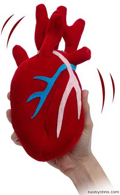 Игрушечное сердце на батарейках