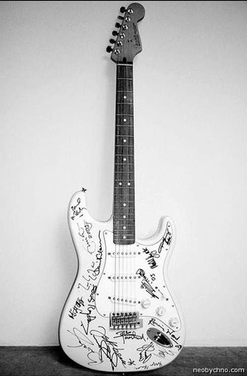 Самая дорогая в мире гитара