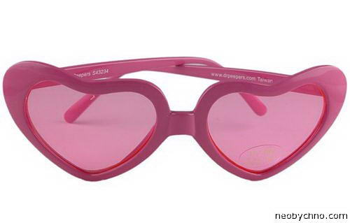 розовые очки на день святого валентина