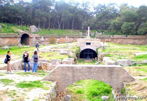Место смерти святых