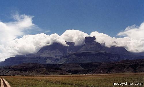 Плато Рорайма, гора Ауянтепуи
