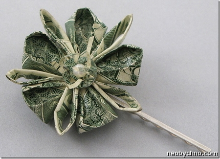 Изумительный цветок с