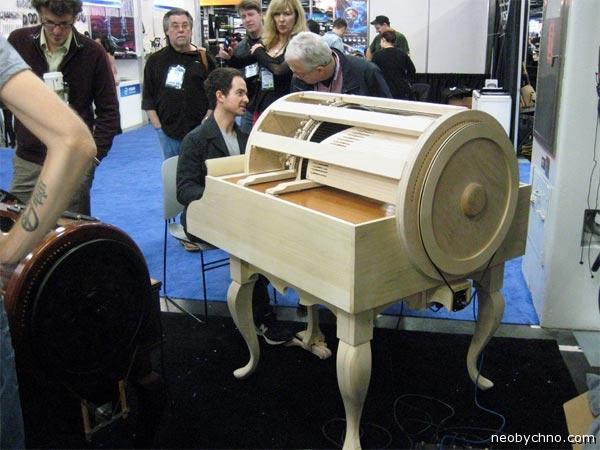 Оркестр в рояле