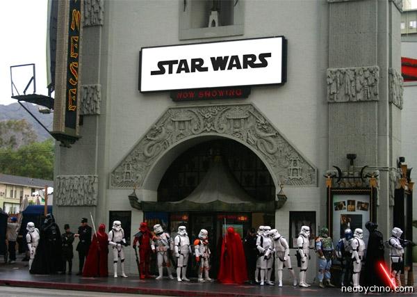 Фанаты Звездных Войн в очереди