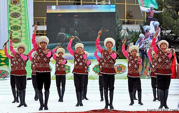 Джигиты туркменского цирка