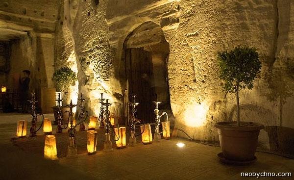 Кальяны пещерного бара