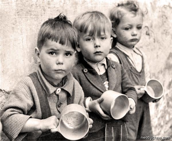 02-starving-kids