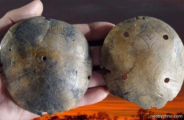 12-skull-rattles