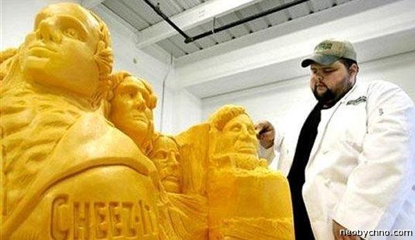 скульптура из сыра