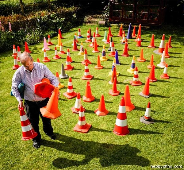 22-traffic-cones